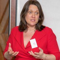Theresa-Mulvihill-Smart-Marketing-owner-trainer-800